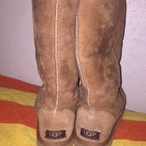 Uggs Size 8 woman's